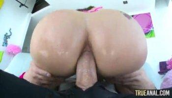 Secretary Sex mit ihr Chef und ein Ladyboy